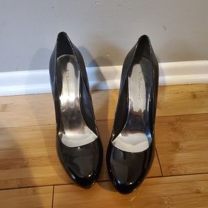 Patent leather black heels
